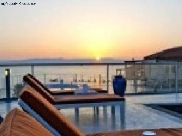 Photo: Villa for sale in Akrotiri, Greece
